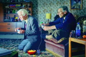 old-people-playing-ps